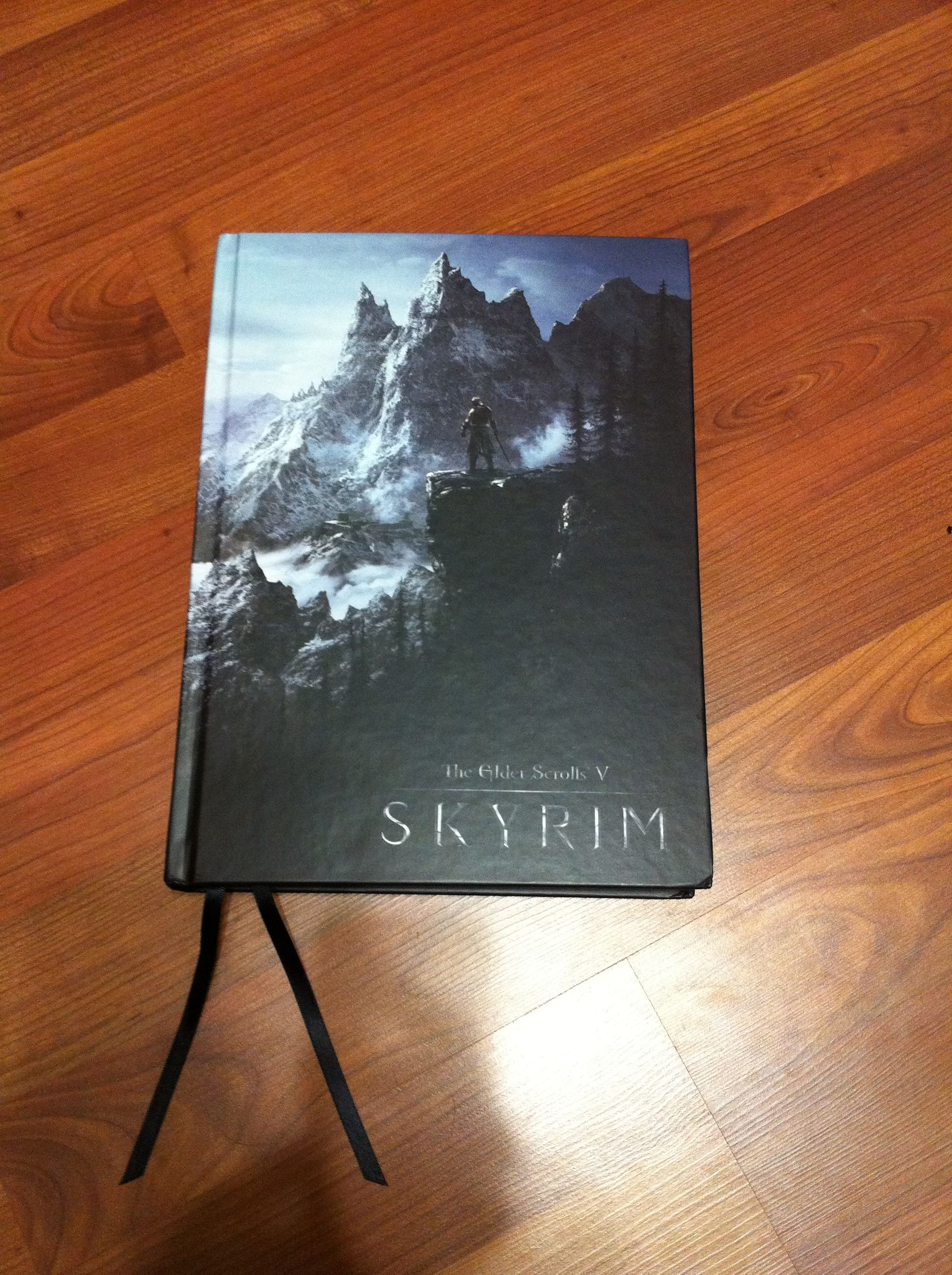 skyrim collector s edition strategy guide why should i buy rh strategyguidereviews com Skyrim Special Edition Comparison Skyrim Special Edition